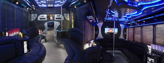 Mercedes Freightliner party bus los angeles ca